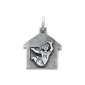 Hang Out Cabin Charm