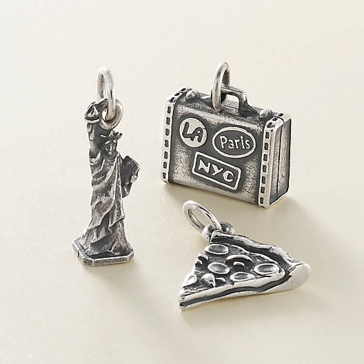 View Larger Image of Statue of Liberty Charm