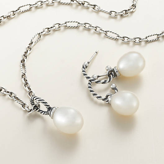 View Larger Image of Cultured Pearl Pendant with Twisted Wire