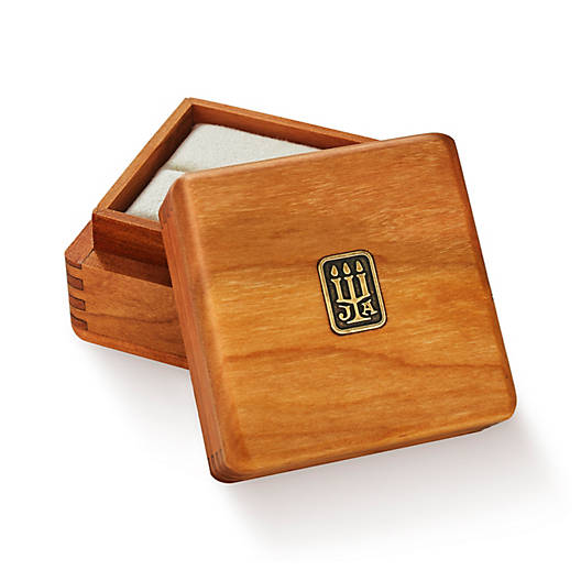 View Larger Image of Ring Wood Box