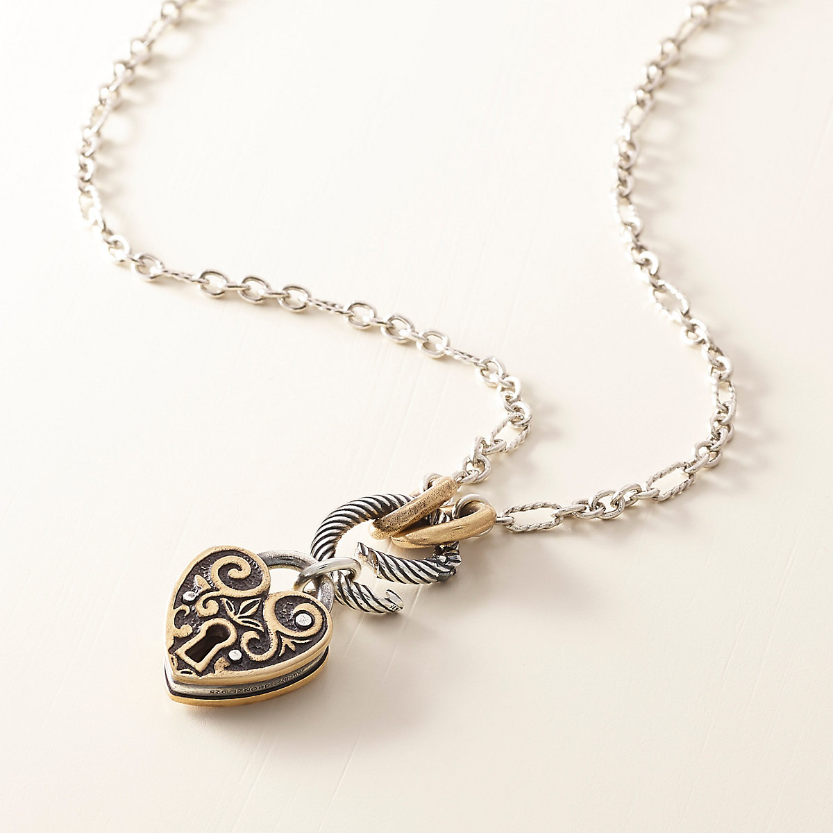 Oval Twist Changeable Charm Holder Necklace   James Avery